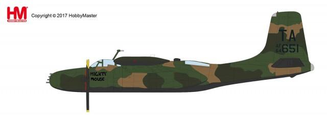 "HA3224 1/72 B-26K カウンター・インベーダー ""第609特殊作戦飛行隊"" ¥13,800(税抜価格)"