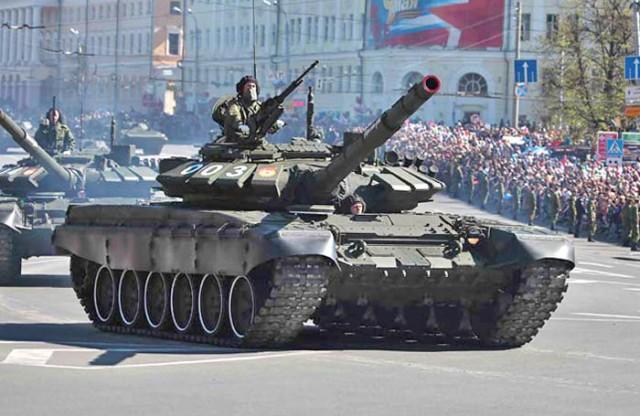 09508 1/35 ロシア連邦軍 T-72B3主力戦車 ¥9,800(税抜価格)